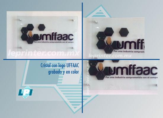 Cristal-con-logo-UFFAAC--grabado-y-en-color