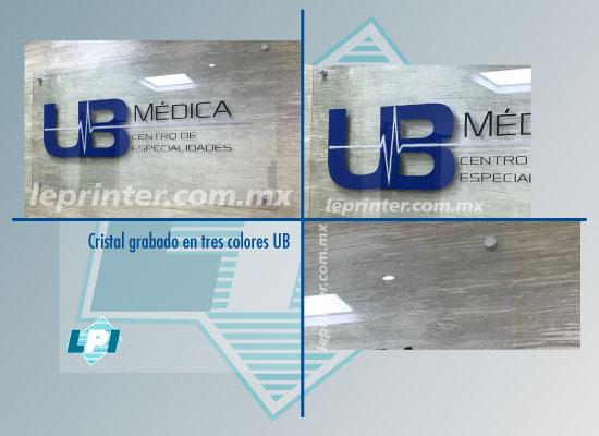 Cristal-grabado-en-tres-colores-UB