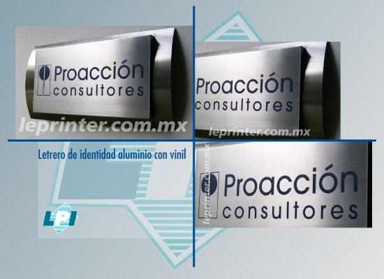 Letrero-de-identidad-aluminio-con-vinil
