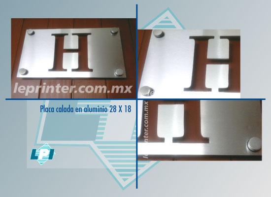 Placa-calada-en-aluminio-28-X-18